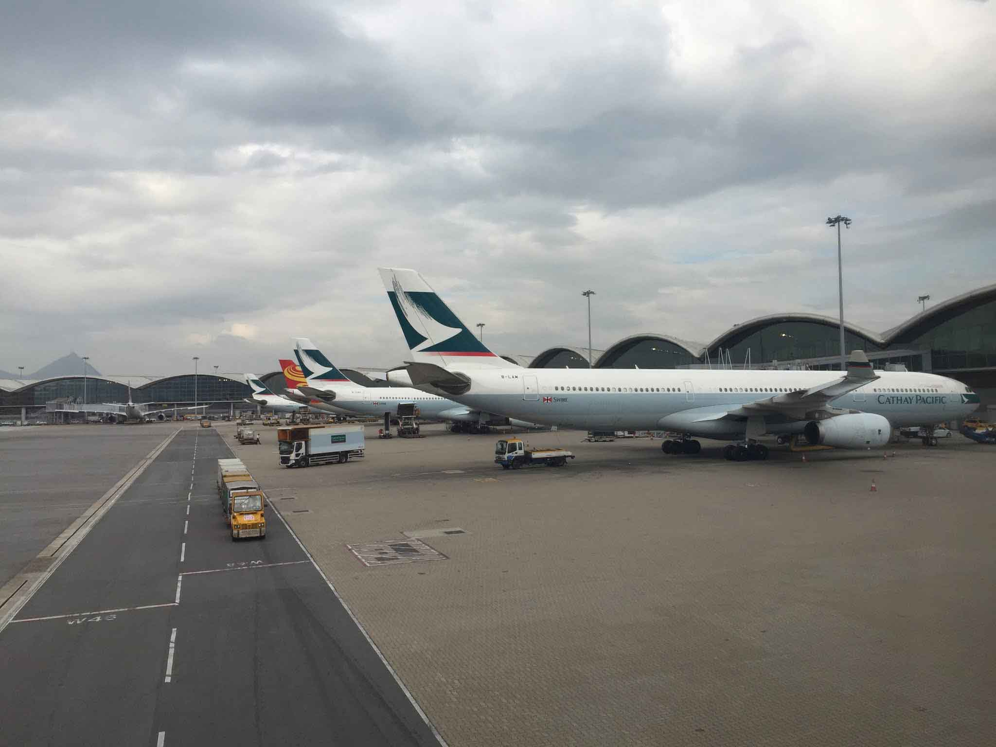 Cathay Pacific 777s Taxied At JFK