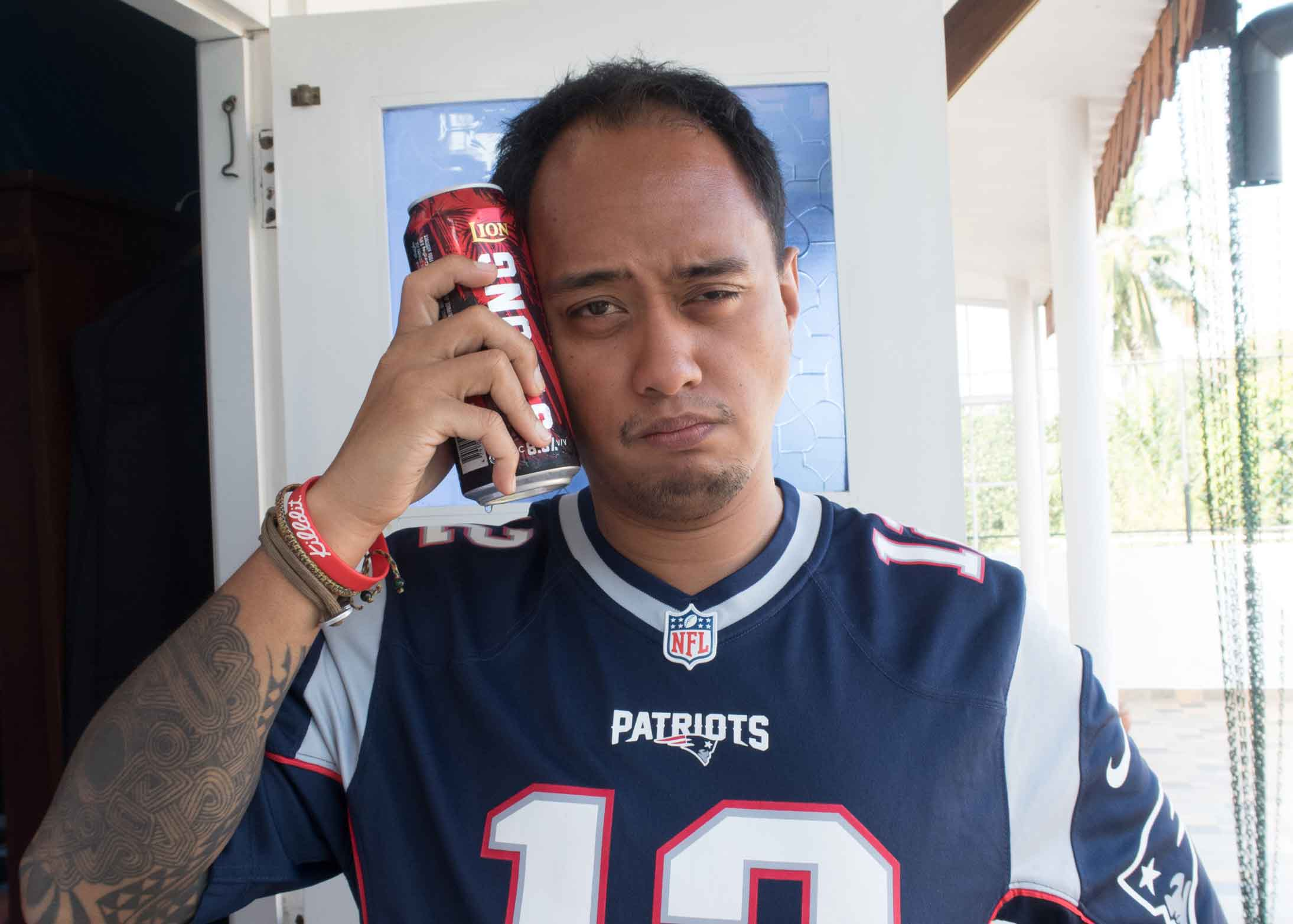 After a tough Super Bowl loss by the Patriots, I reacted with a beer to my head