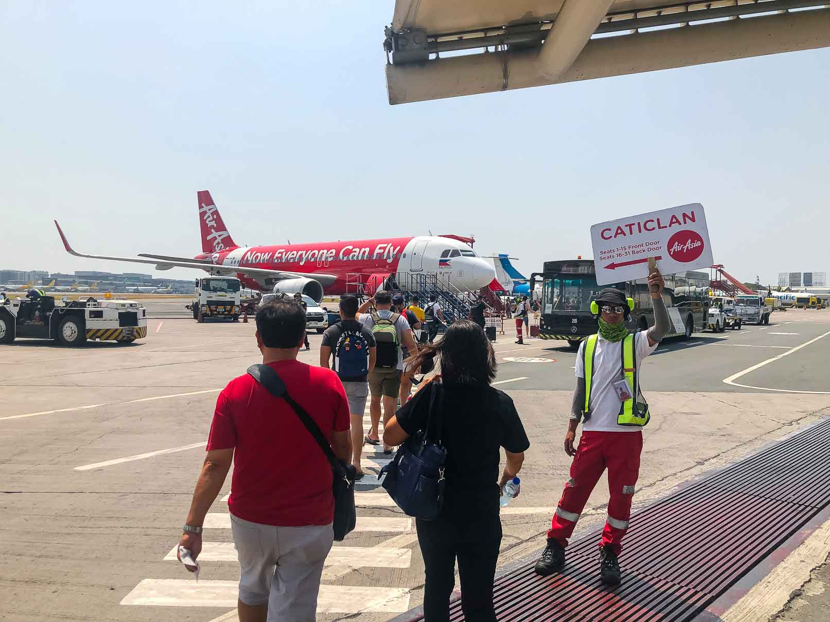 Air Asia flight from Manila to Caticlan